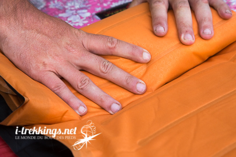 Pliage du matelas Nemo Cosmo Insulated