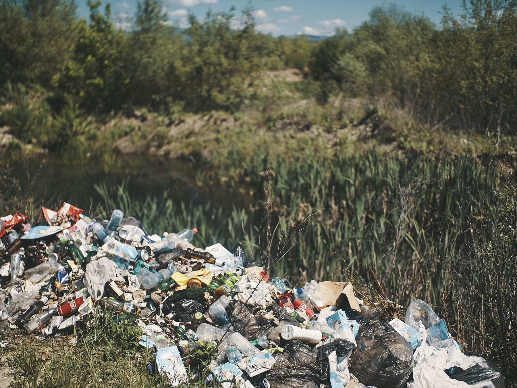 randonnée au kosovo - déchets - 1kg for the planet