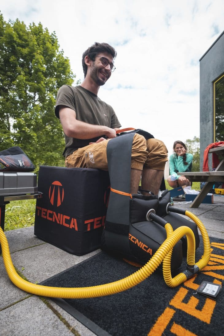 Thermoformage des chaussures Magma de Tecnica